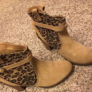LOVELY🎀❤️ leopard print sateen boot